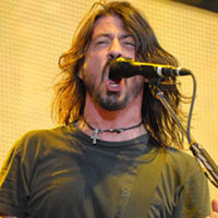 Afternoon Links: Foo Fighters Are Number One, Lindsay Loses 'Gotti' Role